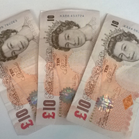 Ten pund notes